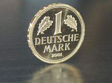 Німецьку марку хочуть повернути мешканці НДР