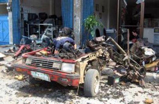 Второй взрыв прогремел, когда прибыли спасатели