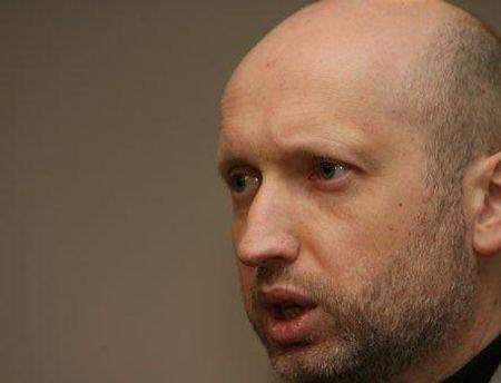 Александр Турчинов говорит, что заявления о терактах только запугивают людей