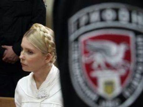 Тимошенко у суді слухає, що скажуть