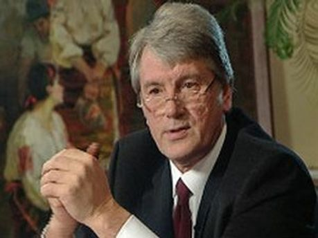 Виктор Ющенко подчеркивает, что Тимошенко с ним не советовалась