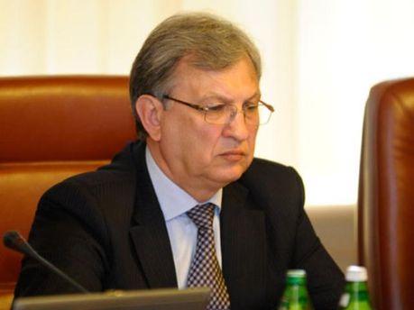 Федор Ярошенко еще побудет в своем кресле