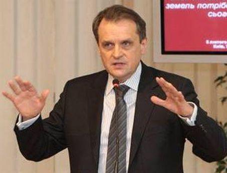 Леонид Козаченко говорит, что с некоторыми нормами кодекса не могут разобраться сами налоговики