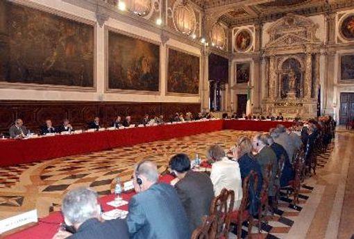 Венецианская комиссия считает, что в изменениях в закон о выборах не учли ее рекомендаций