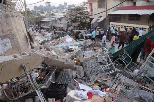В результате землетрясения в помощи нуждаются еще 600 тысяч жителей