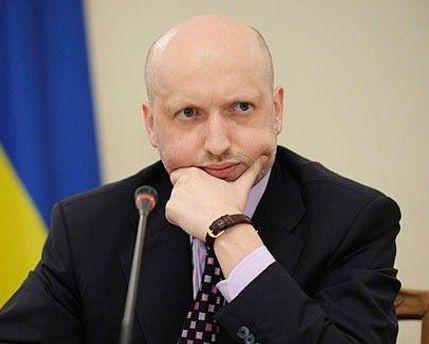 Турчинов вважає, що влада настільки боїться Тимошенко, що