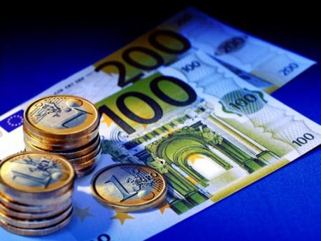Міжбанк відкрився ростом євро