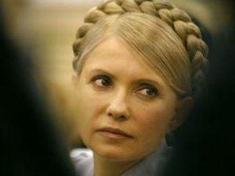 Тимошенко хочет, чтобы ее защищал Власенко