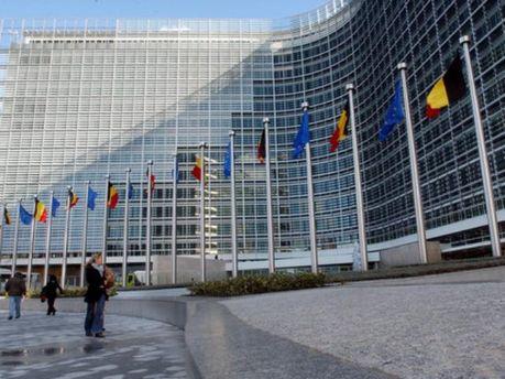 Єврокомісії пропонують ретельніше перевіряти Афіни