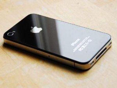 Компанія Samsung стверджує, що Apple порушила їх права