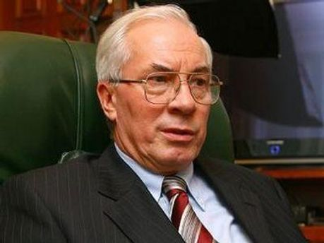 Николай Азаров предлагает европейским партнерам сначала разобраться в деле Тимошенко