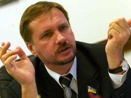 Тарас Чорновил считает, что Медведев является партнером Януковича, но Путин таким партнером не является