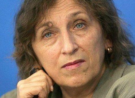 Ірина Бекешкіна вважає референдум маніпулятивним