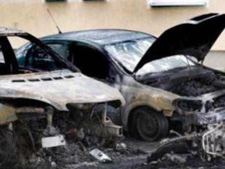 Чоловік за минуле літо спалив 67 машин