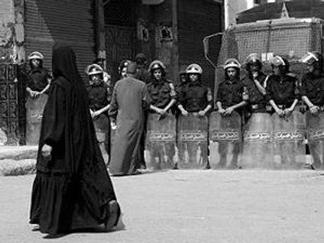 Египетская полиция перекрывает дороги