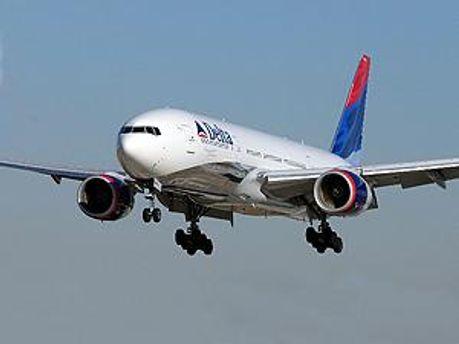 Самолет вернули в аэропорт вылета