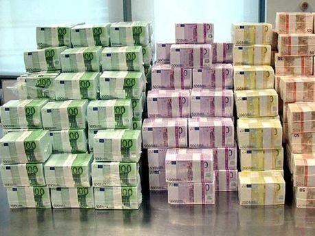 Мільярди євро потрібні на порятунок банкам