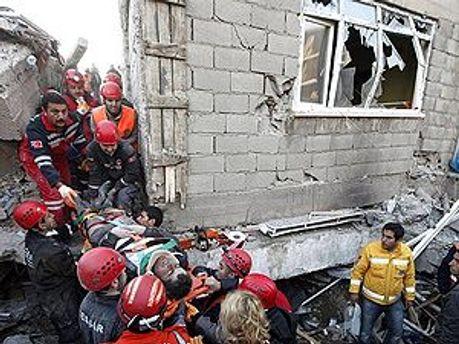Вдалось врятувати 231 людину