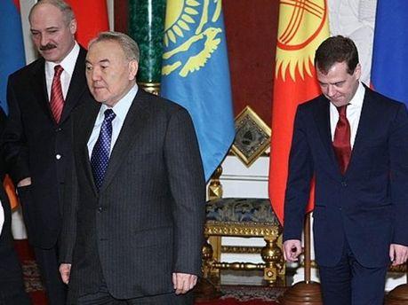 Дмитро Медведєв, Нурсултан Назарбаєв і Олександр Лукашенко