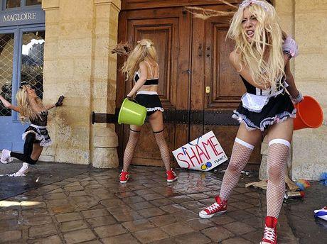 FEMEN требовали политической изоляции Доминика Стросс-Кана