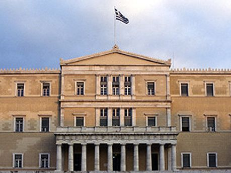 Неизвестно, насобирают ли в парламенте Греции  голосов для референдума