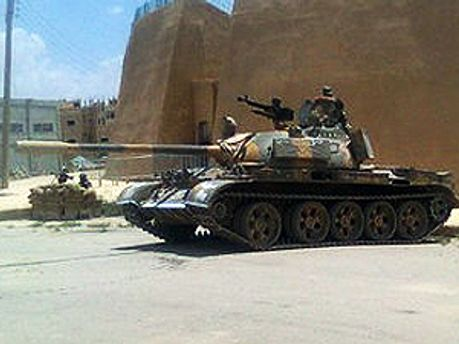 Танки обстреляли Хомс