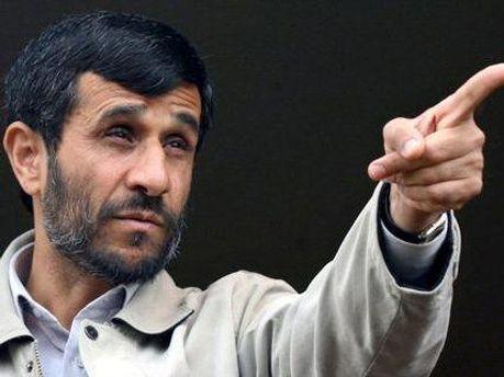 Махмуд Ахмадінеджад заявляє, що потужність Ірану зростає з кожним днем