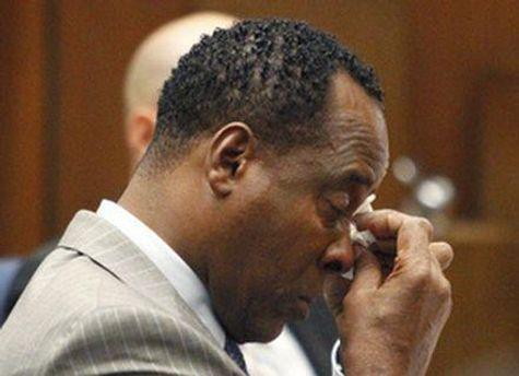Мюррея звинуватили у тому, що він ввів Джексону завелику дозу заспокійливого