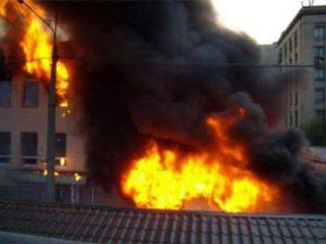 Пожар еще не ликвидировали