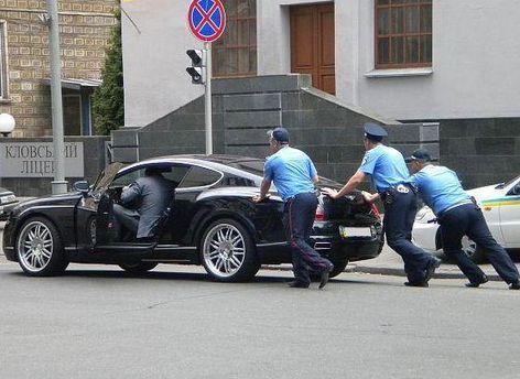 Лише робота міліції з охорони представників влади отримала задовільну оцінку громадян