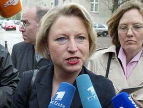 Корнелия Пипер считает, что Украине сначала нужно придерживаться основных европейских принципов
