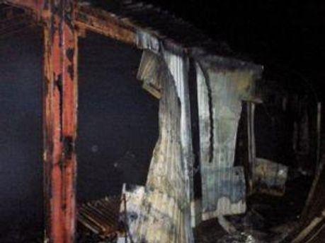 Пожар охватил 750 квадратных метров