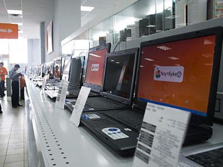 Магазины продали наибольшее количество ПК