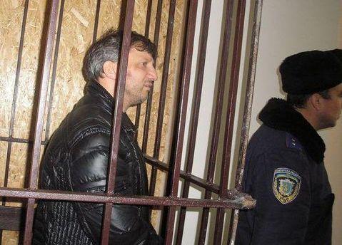 Слюсарчук жаловался на сильную головную боль