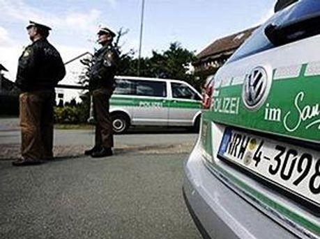 Німецька поліція не дала екологам перешкодити руху потяга