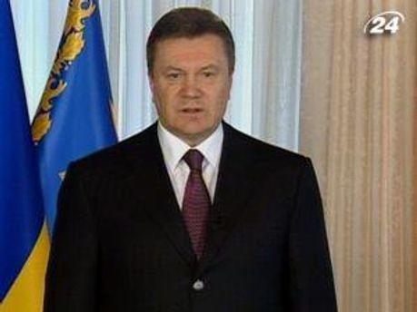 Янукович призывает быть едиными в стремлениях и действиях