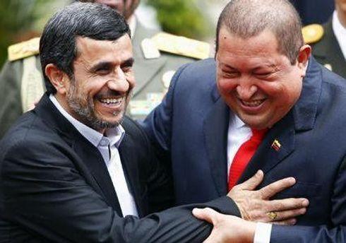 Днем раніше Ахмадінеджад зустрівся з Кастро