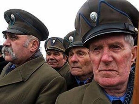 Міськрада підтримує ветеранів УПА