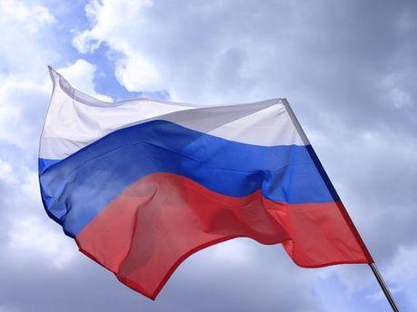 Россия заняла 50 миллиардов долларов в 2011 году