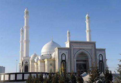 Будівництво мечеті на завершальній стадії