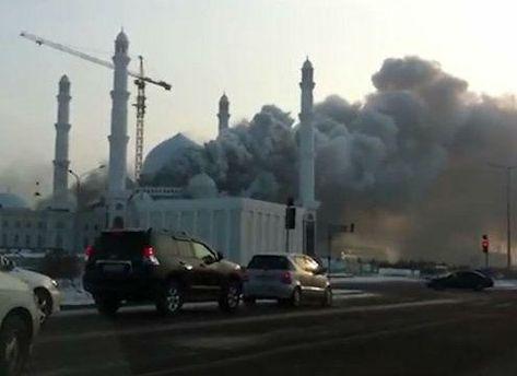 Предварительная площадь пожара - 800 квадратных метров