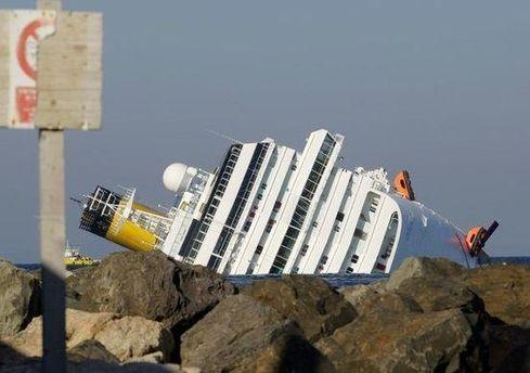 Затонулий лайнер