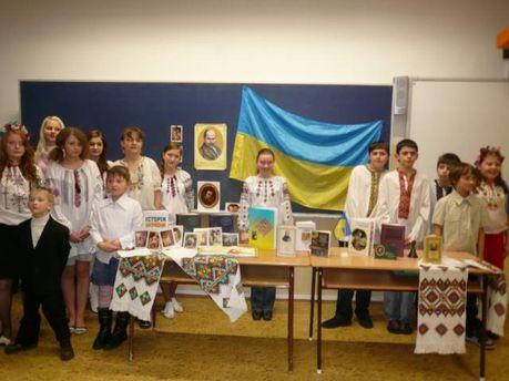 В Латвии открыли обновленную украинскую школу