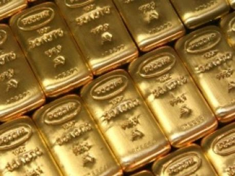 Золото дорожчатиме