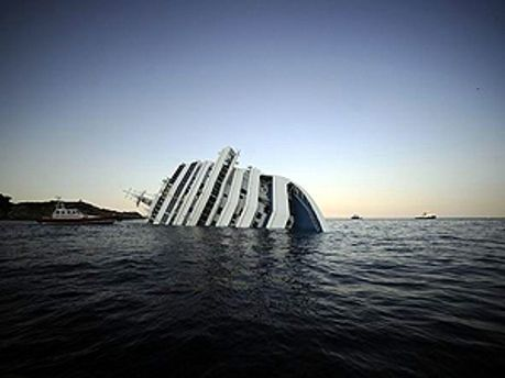 Затонувший лайнер Costa Concordia
