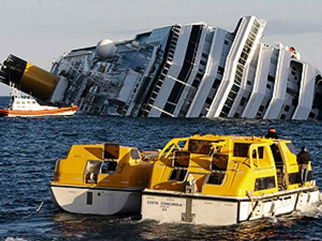 Затонулий лайнер Costa Concordia
