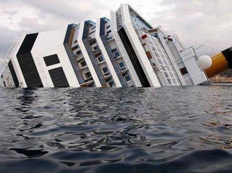 На лайнере Costa Concordia находилось 4200 пассажиров