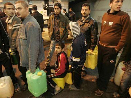 Египтяне в очередях за топливом