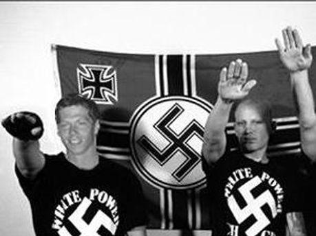 На нацистів складуть базу даних