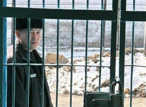 В'язні вимагають вільного пересування для кримінальних авторитетів